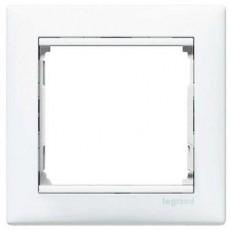Рамка одноместная Legrand Valena 774451 белая